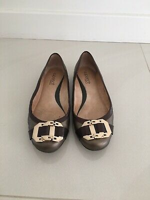 LEATHER Flat SHOES Supersoft By DIANA FERRARI - SIZE 7C