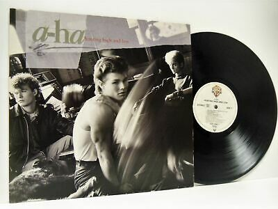 A-HA hunting high and low LP EX-/EX- WX 30 vinyl, album, with inner sleeve, 1985