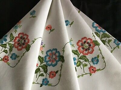 Gorgeous Vintage Linen Hand Embroidered Tablecloth ~ Beautiful Florals