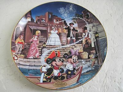 """Disneylands 40th Anniversary /""""Pirates of the Caribbean/"""" Collector Plate-NIB"""