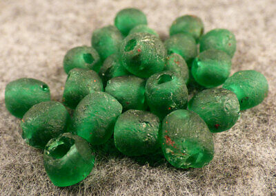 (10) Old Huron Indian Venetian Green Glass Trade Beads Fur Trade Era