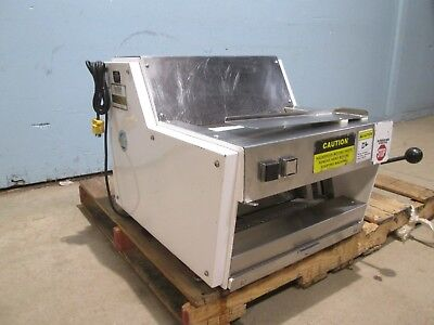 """""""Oliver 711"""" Heavy Duty Commercial Counter Top ½"""" Bread Slicer Machine"""