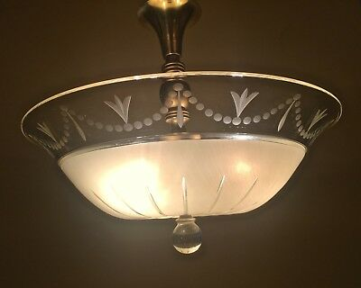 Vintage Lighting luscious 1940s chandelier by Lightolier