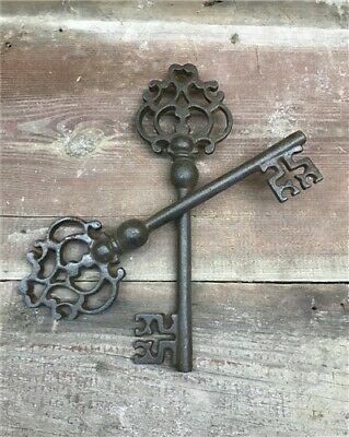 Large Rustic Skeleton Keys, Victorian Keys, Cast Iron Skeleton Key Wall Decor