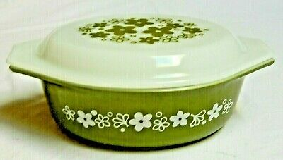 """Pyrex Spring Blossom Green Casserole w Lid 1-1/2 qt. """"Crazy Daisy"""" #943 and #043"""
