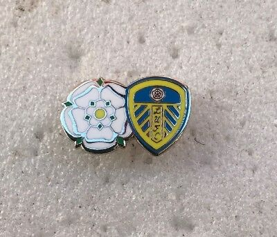 Leeds United Supporter Enamel Badge Very Rare - Crest With Yorkshire Rose Twin