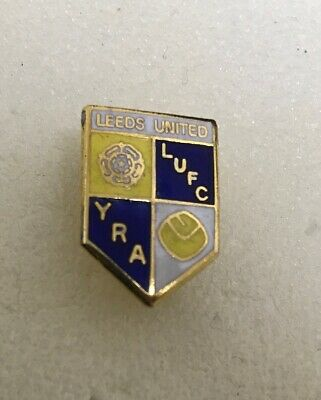 Very Rare Leeds United  Supporter Enamel Badge - Original From 1980's