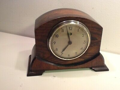 Vintage TEMCO Electric Oak mounted Mantel Clock,Chrome mounted,spares/repair