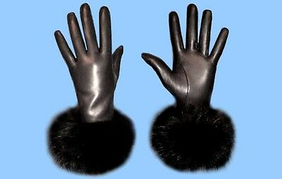 NEW WOMENS size 6.5 or Small BLACK LEATHER GLOVES - BLACK FOX FUR TRIM