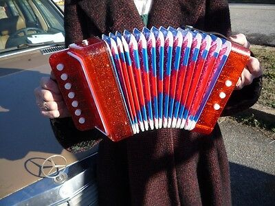 Cool Small Accordion Squeezebox Plays Well Make Music Great Little Instrument