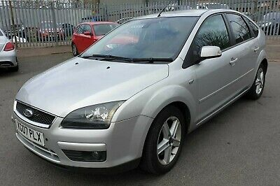 Ford Focus 1.8 TDCi Titanium 5dr diesel silver low mileage full service history