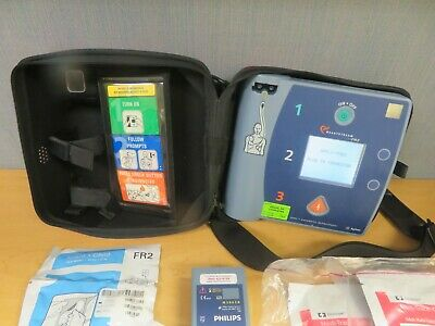 Philips Heartstream FR2+AED Defibrilator M3860A Case Batteries Pads (16447)