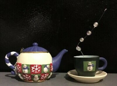 Cute Resin Teapot Cup Saucer Set 2 Figurines Christmas Tree Ornaments Figurines