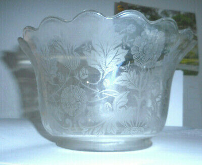 """Vintage etched glass shade floral pattern  4"""" fitter  (W3)"""