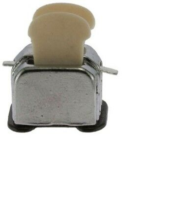 Dollhouse Miniatures 1:12 Scale Toaster with 2 Slices Of Bread #IM65275