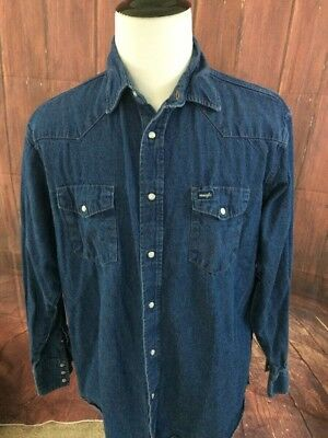 6204f1e8aa Vintage Wrangler Size 17.5 x 36 Mens Western Denim Shirt Blue White Pearl  Snaps