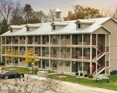 Holiday Inn Club Vac Fox River Resort in Sheridan, IL1/2BR~slps6~Indoor Water PK