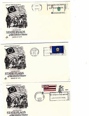 US FDC~FIFTY STATE FLAGS issue BICENTENNIAL COMMEMORATIVE 15 states 94 covers g6