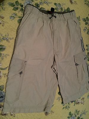 97e94eb39 Unionbay Boy Cargo Shorts Medium Cotton/Nylon Khaki lots of pockets