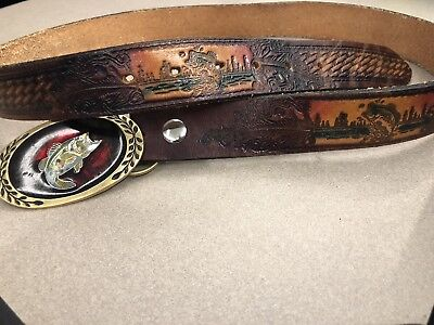 VINTAGE HERITAGE BRASS BASS Fish Buckle With Detailed leather fishing belt
