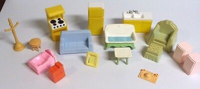 Plastic Dollhouse Furniture Lot 16 Couch Chairs Stove Bed Sink Refrigerator