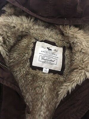 Girls Abercrombie &fitch  Brown Lined  Hoody  Jacket Size 8 keep mega warm !!!