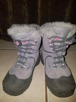Columbia Youth Bugaboot III Boots Big Girl size 1  Winter Snow boot