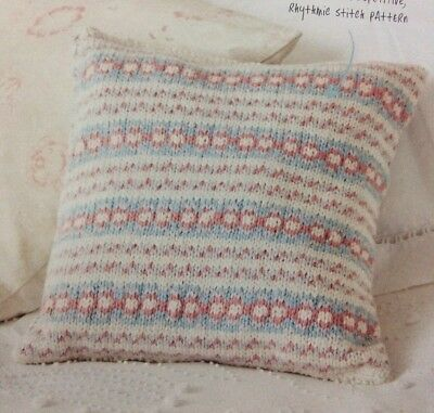 KNITTING PATTERN HOME ETHNIC-STYLE FLOOR CUSHION COVER BUTTON-UP TASSELS KM AUA
