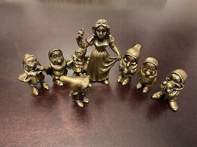 Walt Disney Snow White & The Seven Dwarfs Pewter Metal Figurines Complete Set