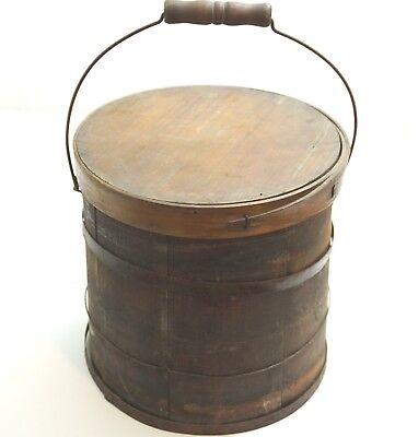 ANTIQUE WOOD AND METAL STRAP FIRKIN, PAINT, SUGAR BUCKET WITH LID AND HANDLE n1