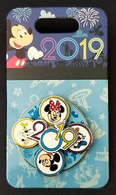 2019 Parks Dated Spinner Disney Pin