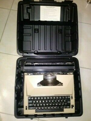 c865aaac8c Vintage SEARS The Scholar With Corrector Electric Typewriter With Carry Case