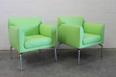 """Divine Identical Pair of Poltrona Frau """"Eos"""" Armchairs in Green """"Pelle"""" Leather"""
