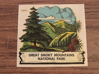Vintage GREAT SMOKY MOUNTAINS NATIONAL PARK Travel Souvenir Luggage Decal