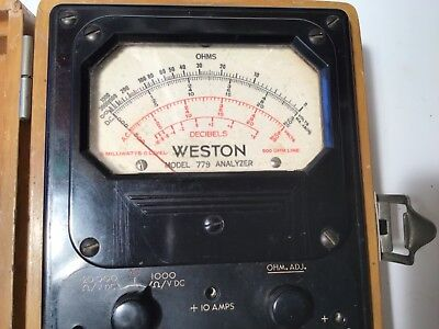 Vintage Weston D.C voltmeter Model 778 ( in original light brown wooden  case)