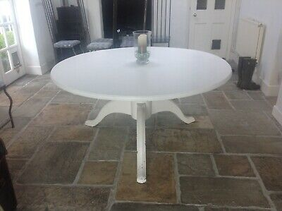 Large Pine Round Farmhouse Kitchen Table (Painted) Central Turned Pedestal