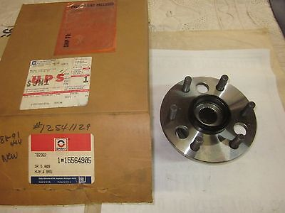 NOS Delco 1988-91 Chevy GMC Truck Pickup 4WD Hub & Bearing 15564905 or 12541129