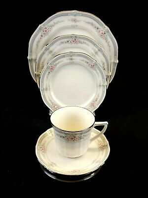 NORITAKE Rothschild Ivory China, 5 piece place setting, Excellent Condition