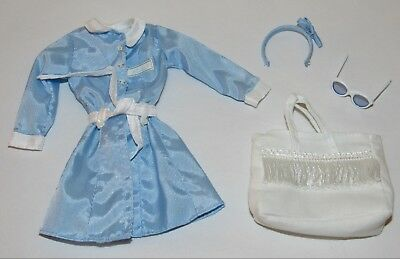 Spa Getaway Silkstone Barbie Fashion Outfit Only - Blue Robe, Headband, Bag (#2)