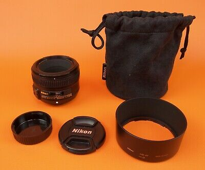 Nikon AF Nikkor 50mm 1:1.8 lens + accessories