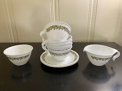 5 Corelle Corning Cups, Cream/Sugar Bowls, 2 Saucers in Green Spring Crazy Daisy