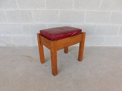Stickley Bros. Mission Oak Arts & Crafts Style Leather Top Foot Stool Model 5267