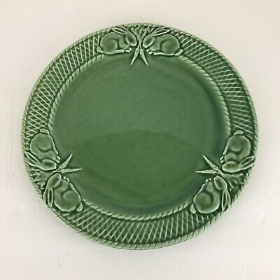Bordallo Pinheiro Green Rabbit Pattern Dinner Plate 10 1/4 inch Portugal
