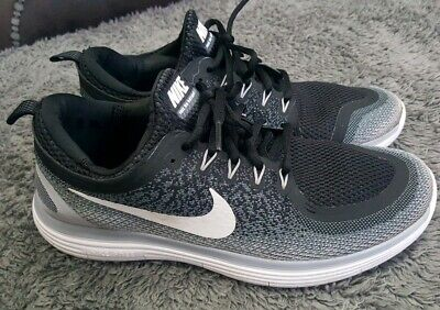 detailed look 20f0c 3292a Mens Black   White Nike free rn distance 2 size 8 EU 42 NO INSOLES
