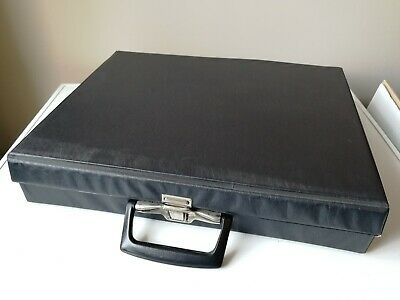 Rare Music Cassette Tape Holder Black Vinyl Carry Case Handle Holds 42 Cassettes