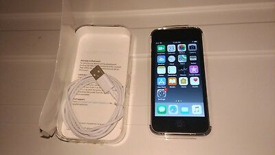 Apple iPod touch 6th Generation Space Gray (16GB).
