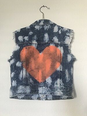 Nwot Flowers By Zoe Girls Size S 7/8 Adorable Denim Vest W/Painted Heart & Studs