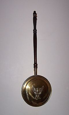 Antique Brass Bed Warmer 18th Century Pan Raised Eagle On Lid Wood Handle