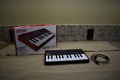 AKAI Professional MPK Mini Compact Keyboard and Pad Controller See Condition.