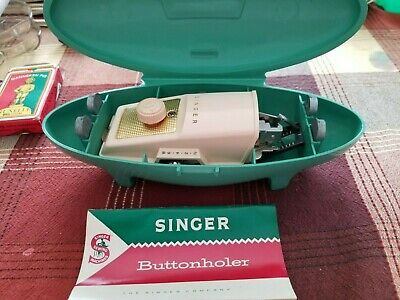 1960 SINGER Sewing Machines BUTTONHOLER Attachment GREEN BAKELITE Case 489500-10